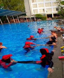 Terapi Air Aquatic Therapy Salus Medica
